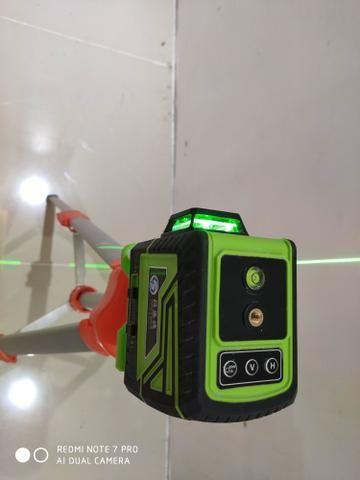 Nivelador a lazer 8 linhas controle remoto - Foto 3