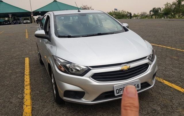 Chevrolet Onix Hatch 1.0 2019 - Foto 4