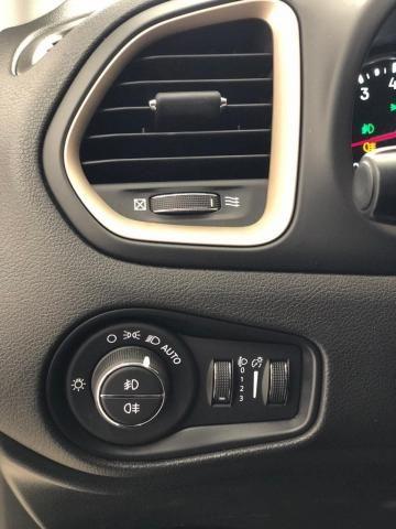 RENEGADE 2016/2017 1.8 16V FLEX LIMITED 4P AUTOMÁTICO - Foto 3
