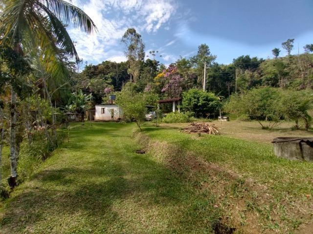 Sitio com 20.000 m²,bela casa,imenso lago e espaço para criações - Foto 20