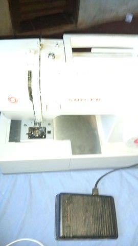 Máquina de costura singer facilita pro 4423 - Foto 2