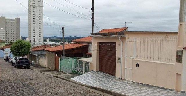 Casa à venda com 4 dormitórios em Centro, Jacarei cod:V14744