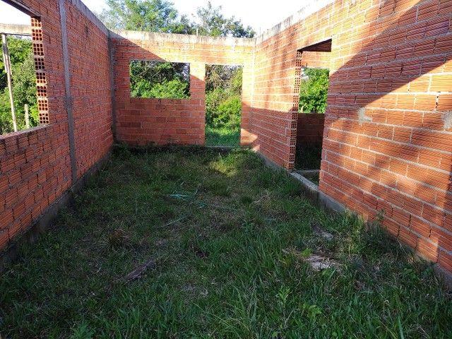 Vendo terreno com casa em obras em Garopaba - Foto 3