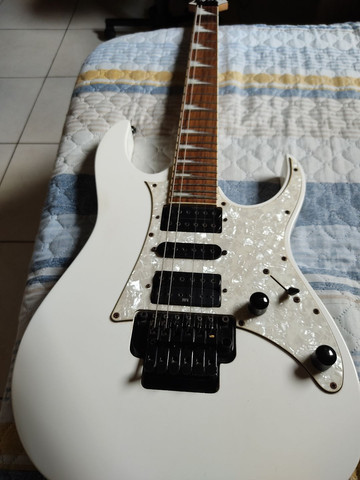 Guitarra Ibanez RG 350 DXZ  - Foto 4