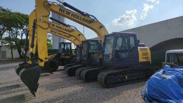 Vende-se escavadeira New Holland E145c 2021