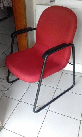 Cadeira com braços fixa giroflex  - Foto 2