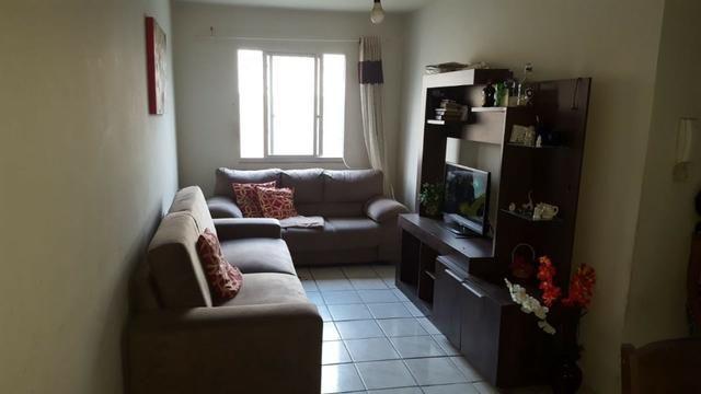 Apartamento dois quartos em Andre Carloni por apenas 75 mil a vista
