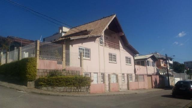 Casa de 5 quartos para alugar em Barreiros São José