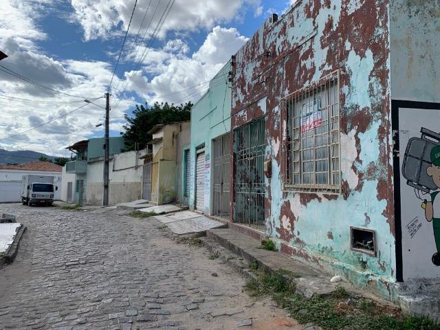 Casas na Rua Catuni