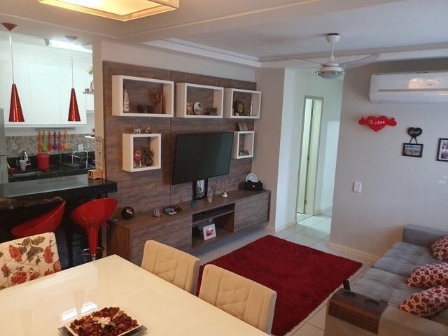 Vendo apartamento 3 quartos todo mobdulado e reformado em condominio fechado - Foto 2