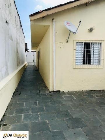 Casa em mongaguá , bairro itaguaí , geminada , lado morro - Foto 2