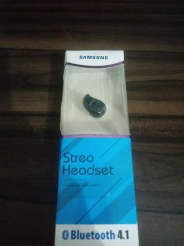 Fone de ouvido bluetooth único samsung