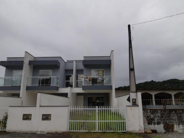 Casa para alugar com 3 dormitórios em Pirabeiraba, Joinville cod:08525.001