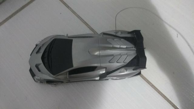 Carro de controle remoto - Foto 2