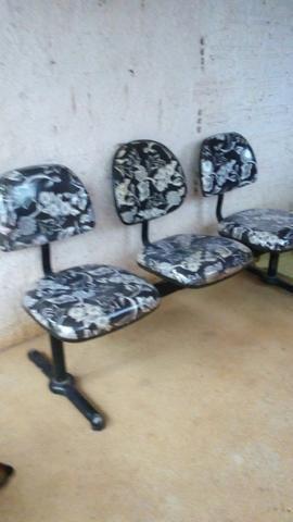 Vendo essas cadeiras de espera - Foto 3