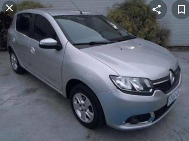 Renault Sandero Prata