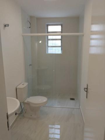 Vende-se apartamento central de 1 dormitório com garagem, Pelotas - Foto 6