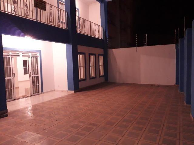 Alugo casa 3 pavimentos (Triplex) no Jardim Guanabara (próximo a Av. Fernando Corrêa) - Foto 9