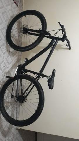 Vendo bike aro 29 ( troco por bike motorizada )