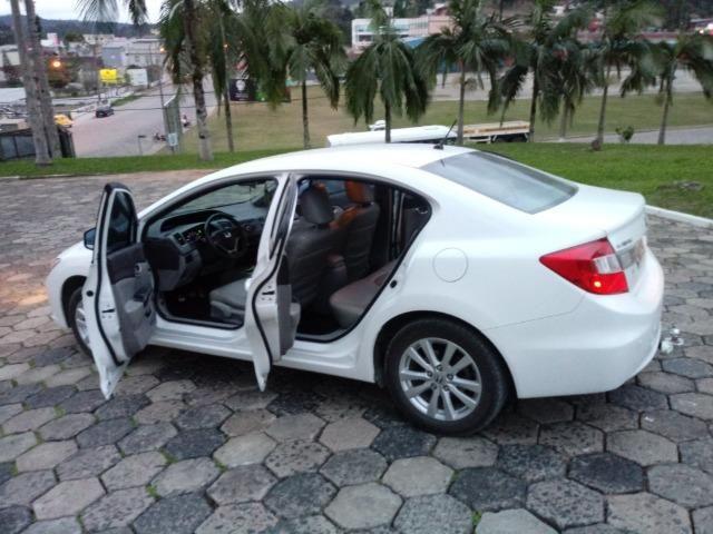 Honda Civic Lxs 1.8 Branco - Baixo KM - Foto 5