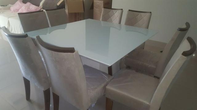 Mesa de jantar com tampo em vidro Branco Laca 8 cadeiras Zap *