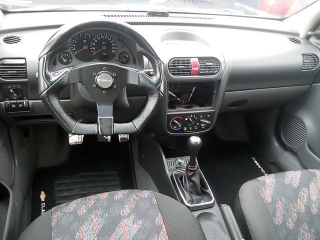 Corsa Hatch 1.0 - Foto 5