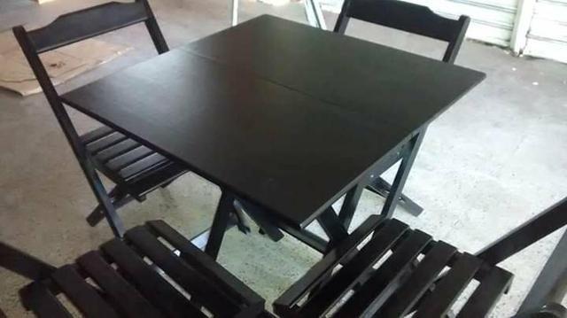 Comjunto de mesa dobrável de madeira
