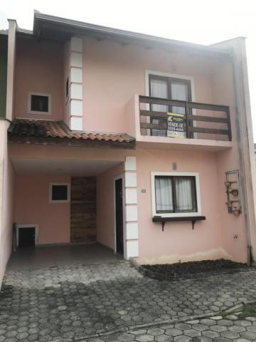 Casa à venda com 3 dormitórios em São marcos, Joinville cod:KR797
