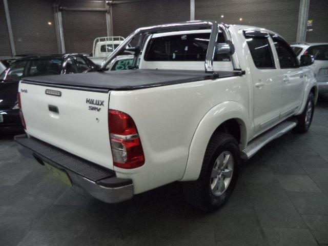 Toyota Hilux CD 2.7 16V Flex/GNV Automatico Completo Couro 2013 Branca - Foto 6