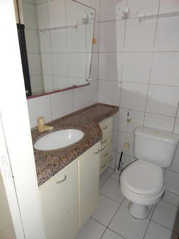 AP0151 - Apartamento com 3 dormitórios para alugar, 70 m² por R$ 1.550/mês - Meireles - Foto 16