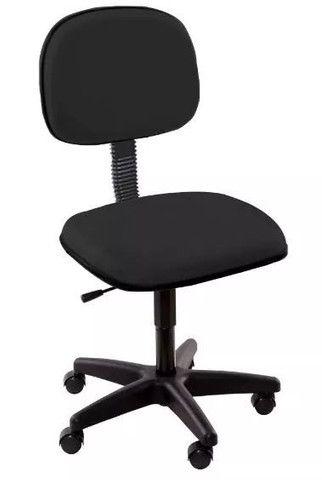 Cadeira giratória secret anat III244