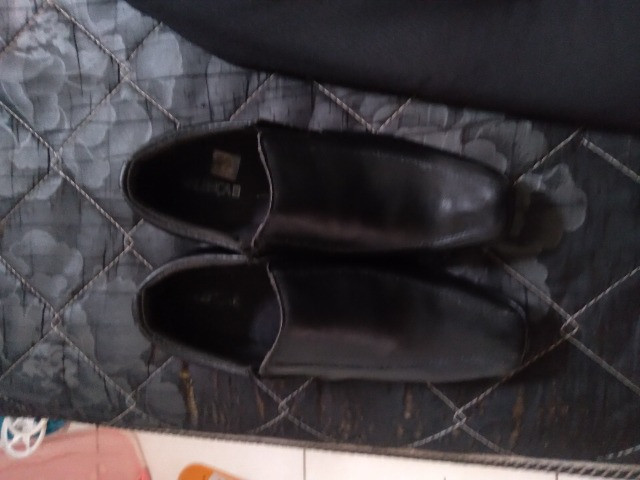 Vendo conjunto social com sapato calça é blase  - Foto 2