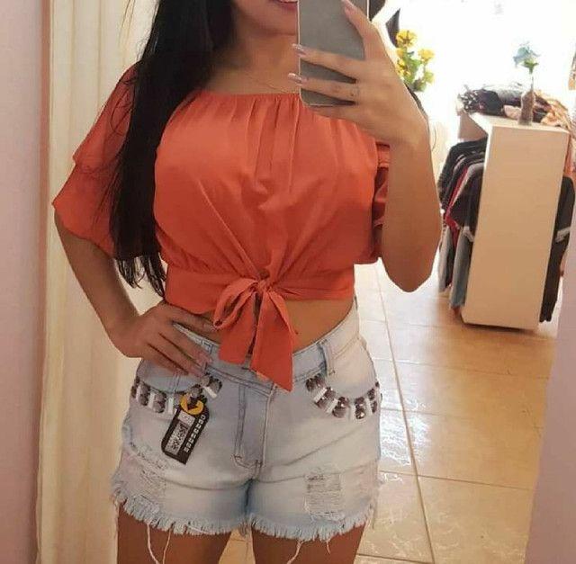 Short jeans feminino com pedraria tamanho (36) - Foto 2