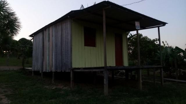 Vende-se ou troca-se uma casa no Bujari, em caso de troca, aceito carro ou moto