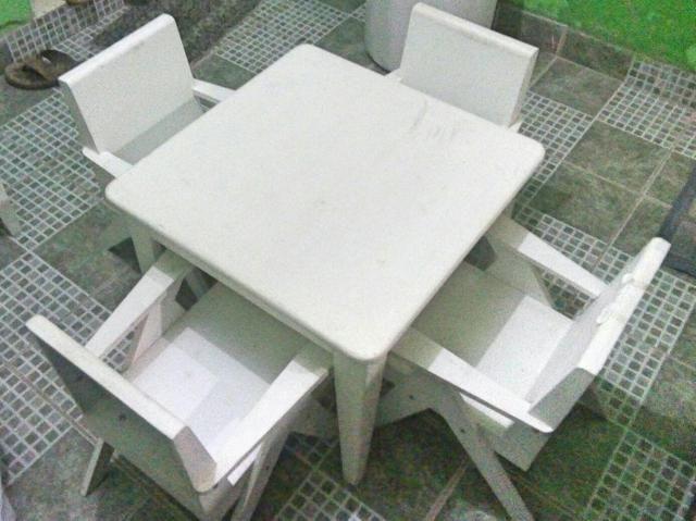 Jogo mesa e cadeiras Madeira Jardim infantil