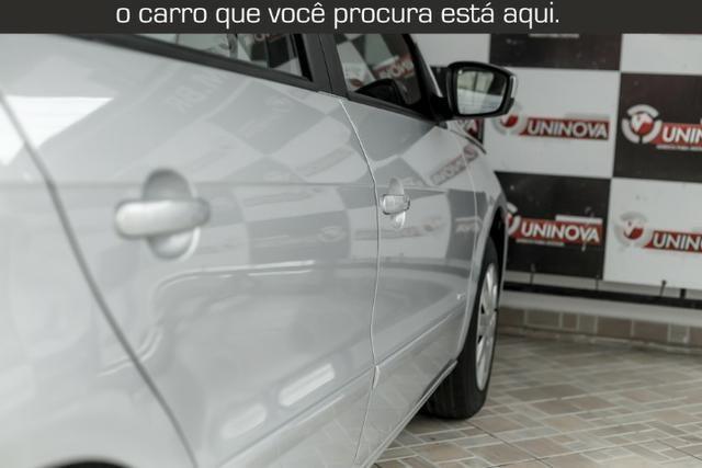 VW Voyage 1.0 Trend Muito Novo - Foto 6