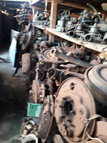 Ferro velho de peças de carros antigos Willys - Foto 6