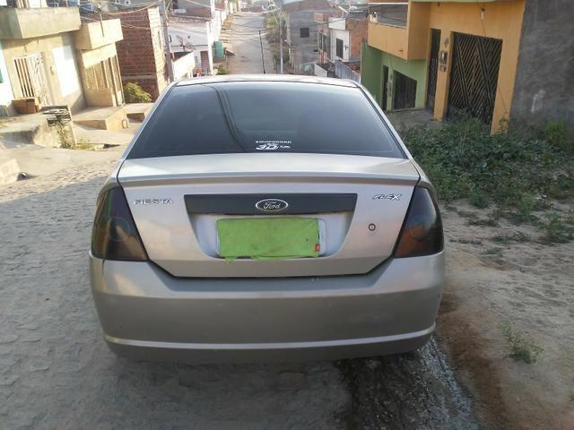 Ford fiesta 1.0 sedan - Foto 3