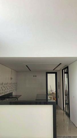 Excelente casa moderna de alto padrão em rua 05 Vicente Pires - Foto 7