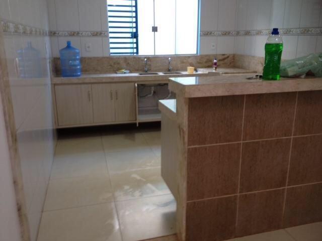 Vende-se imóvel com 2 casas geminadas - Foto 8