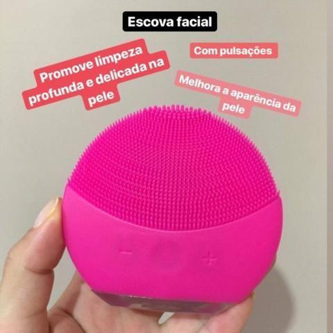 Escova Massageadora de Limpeza Facial Ultrassônica Forever - Foto 4