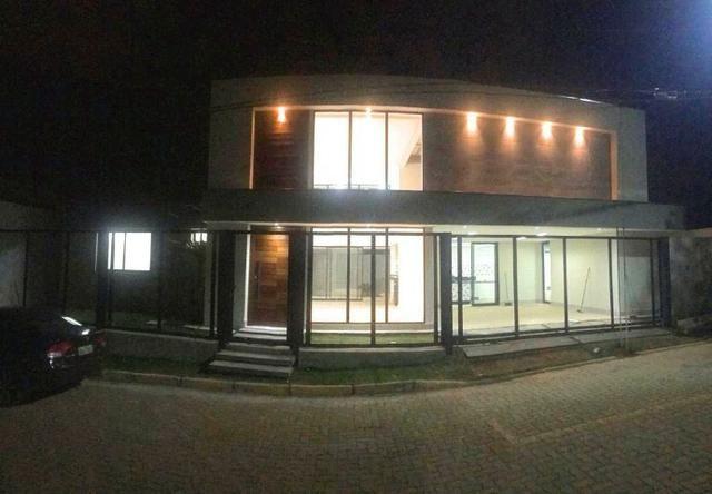 Excelente casa moderna de alto padrão em rua 05 Vicente Pires - Foto 3