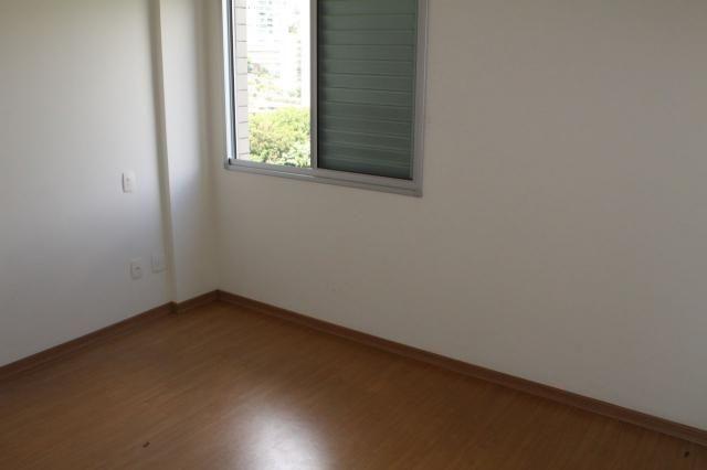 Oportunidade - apto. 4 quartos, ampla sala de estar, varanda, 2 vagas, elevador e ótima lo - Foto 13