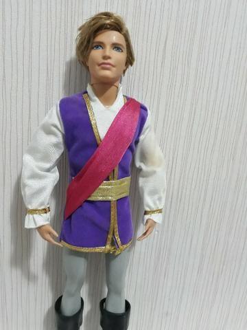 bfbf1deb13 Boneco Príncipe Ken - Barbie e as Sapatilhas Mágicas - Artigos ...