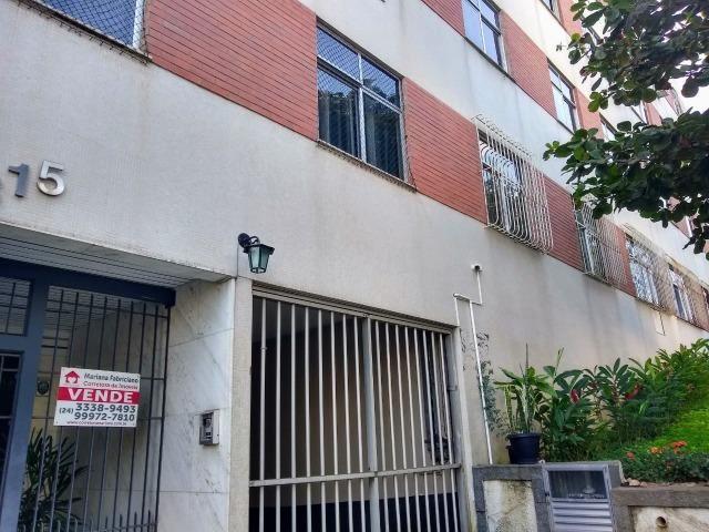 Apartamento recém reformado, de 3 dormitórios, 2 banheiros no Jardim Amália ! - Foto 19