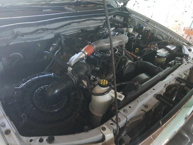 Toyota Hilux 2.5 turbo 4x4 diesel - Foto 5