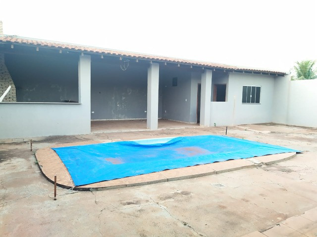 Excelente Casa Com 2 Quartos + Salão a Venda no Bairro Monte Castelo - R$ 315mil - Foto 18