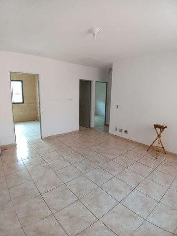 Apartamento 2 Dormitórios com Box - Centro - Esteio