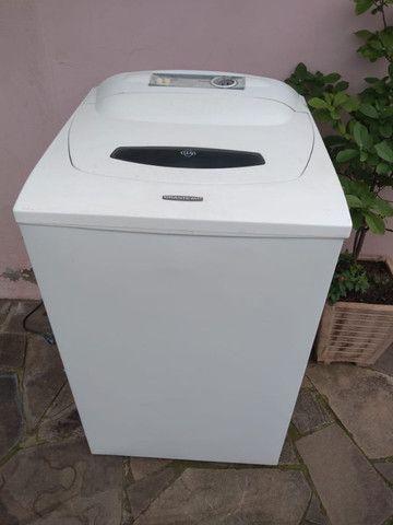 Maquina de lavar roupas seminova, pintura nova