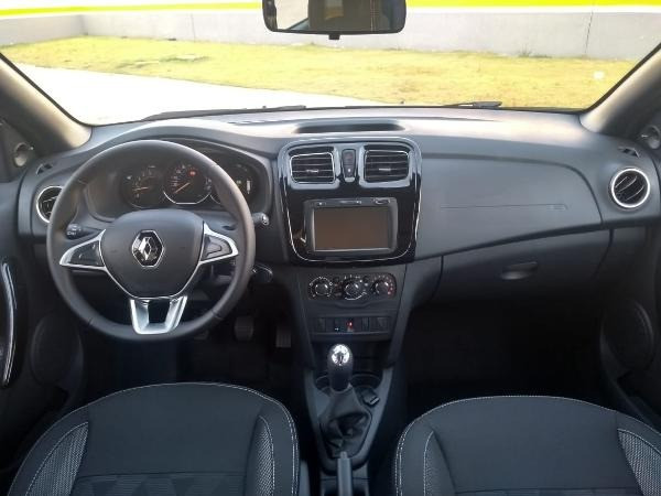 Renault Sandero ZEN 1.0 2022 Ent DE R$17.700,00 + 48X DE R$975,00 + parcela final - Foto 2